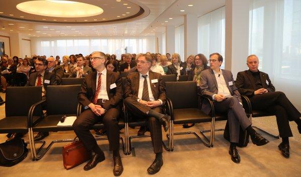 ik-symposium-vor-dem-start-600-353